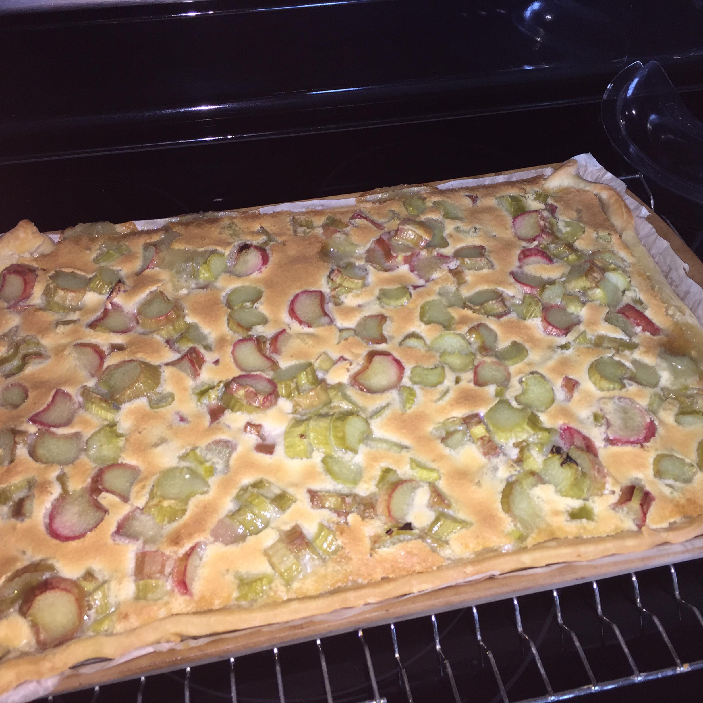 Rhubarb Custard Pie II HAZELNUT