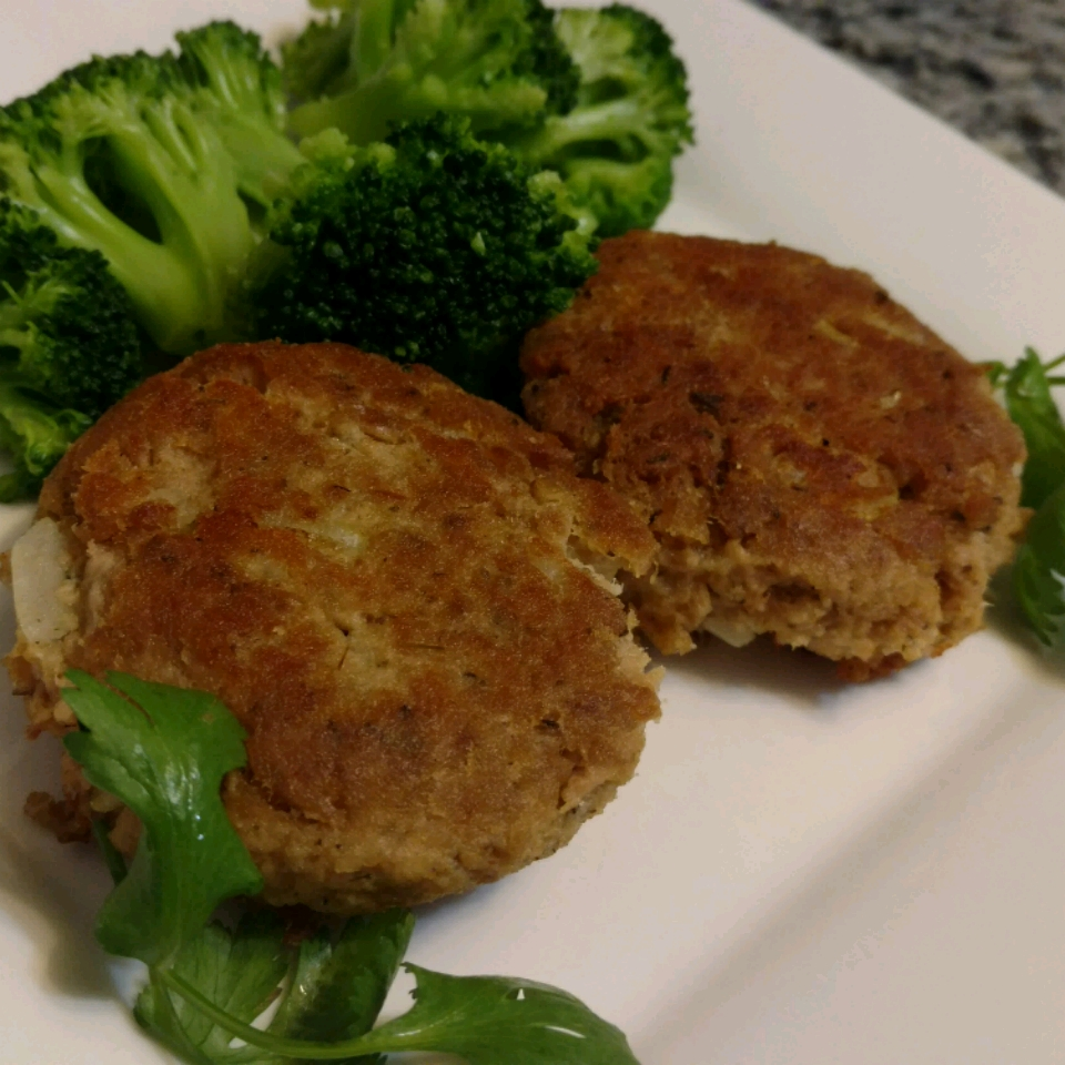 Spicy Tuna Fish Cakes Roxy