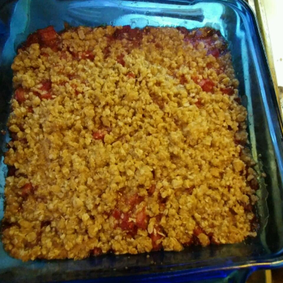 Mom's Rhubarb Crisp