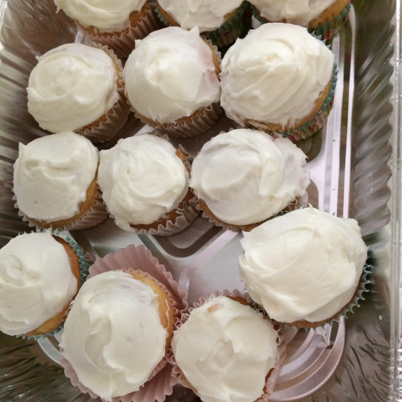 Lemon-Cream Cheese Cupcakes Samantha