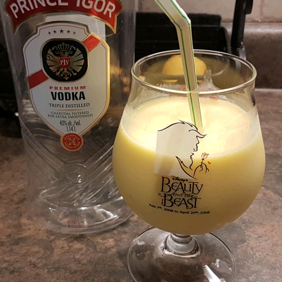 Mango Pina Colada Smoothie Mercedes Franco