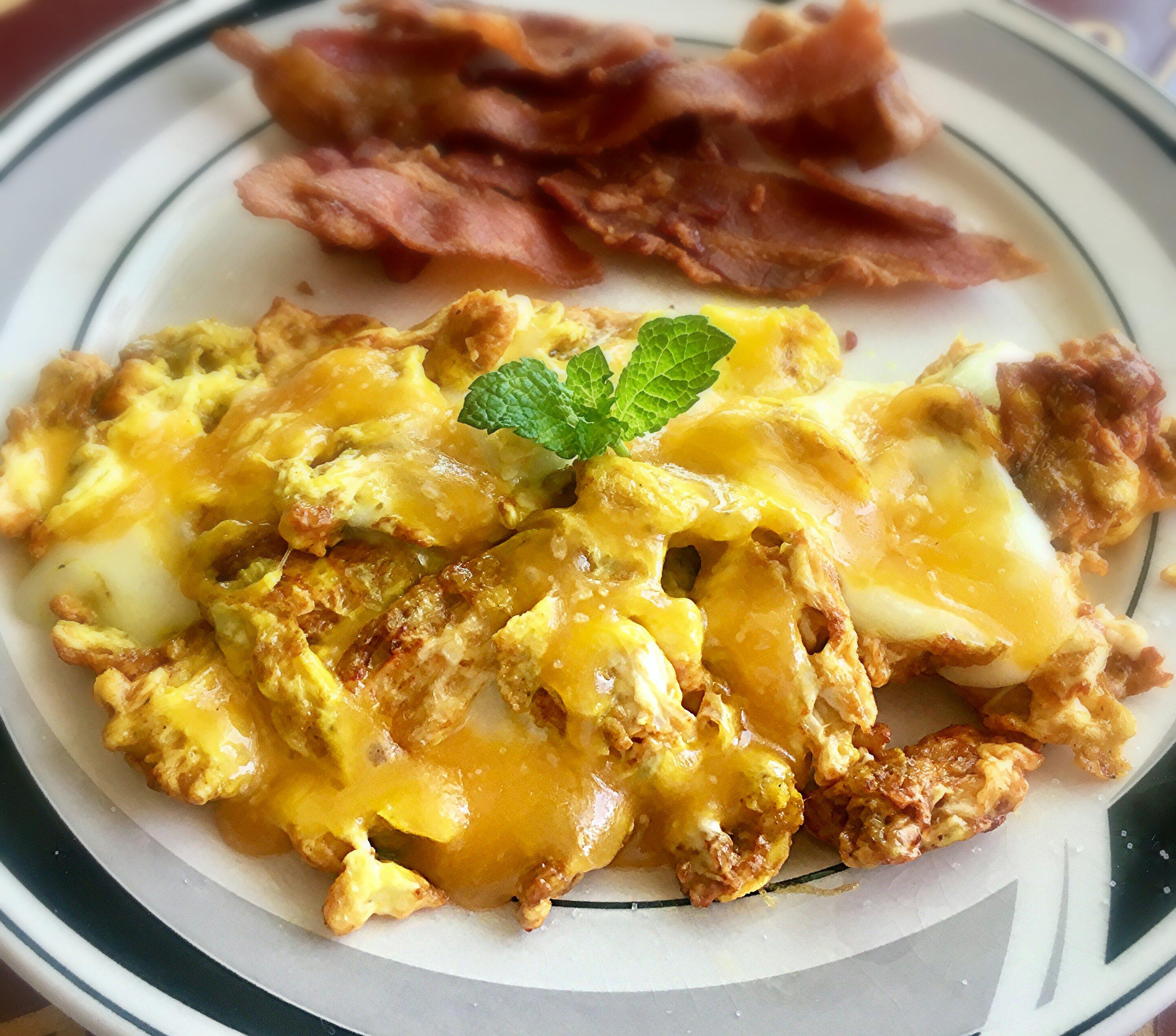 Turmeric Eggs and Cheese