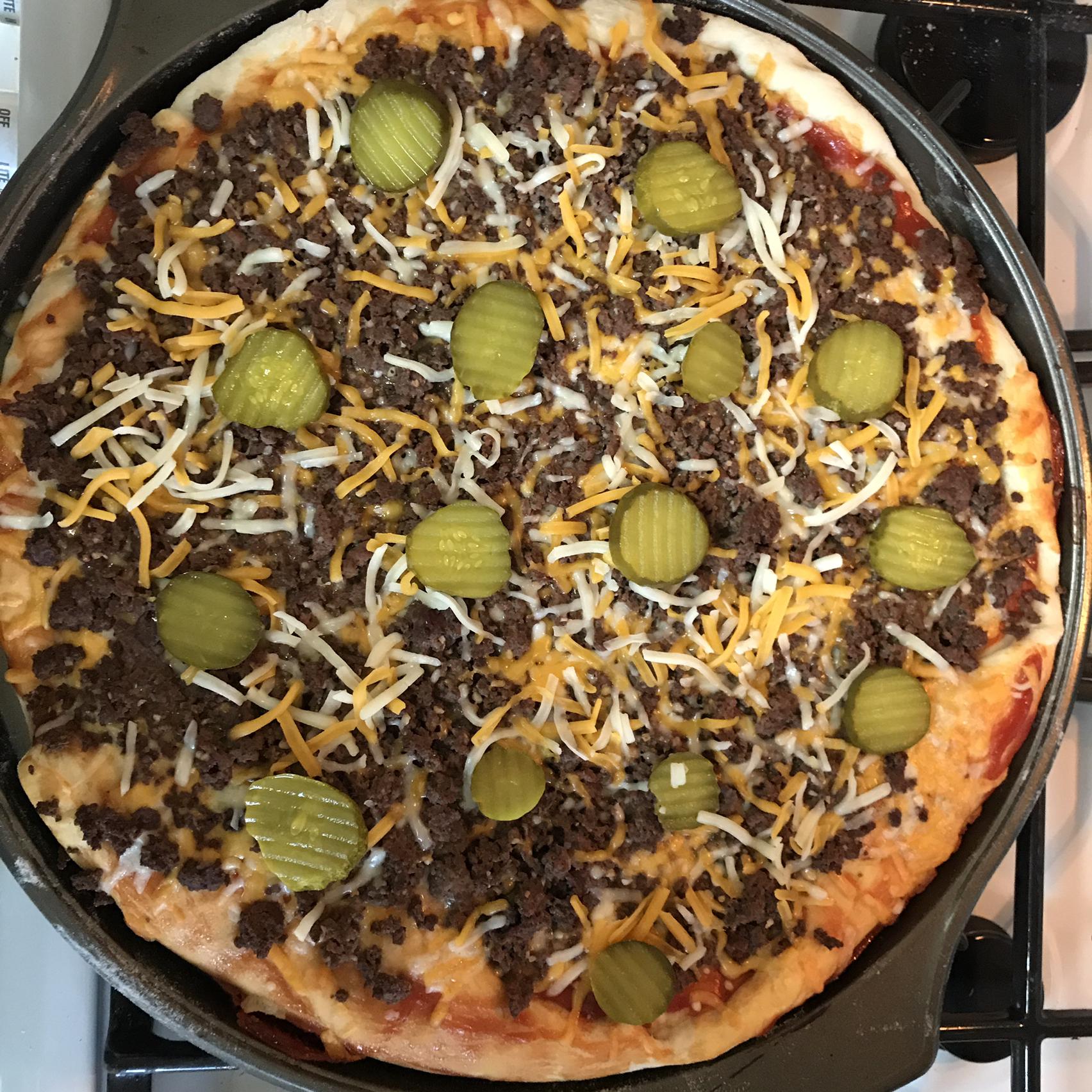 True Cheeseburger Pizza Tonya