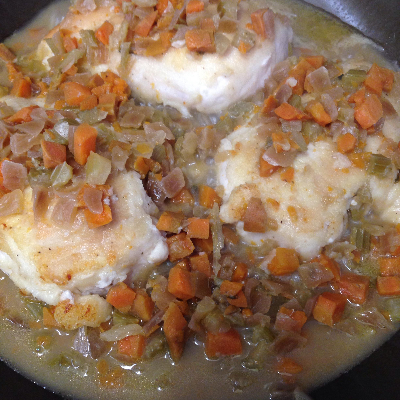 Braised Chicken Breasts in Tasty Mirepoix Ragout Jajam