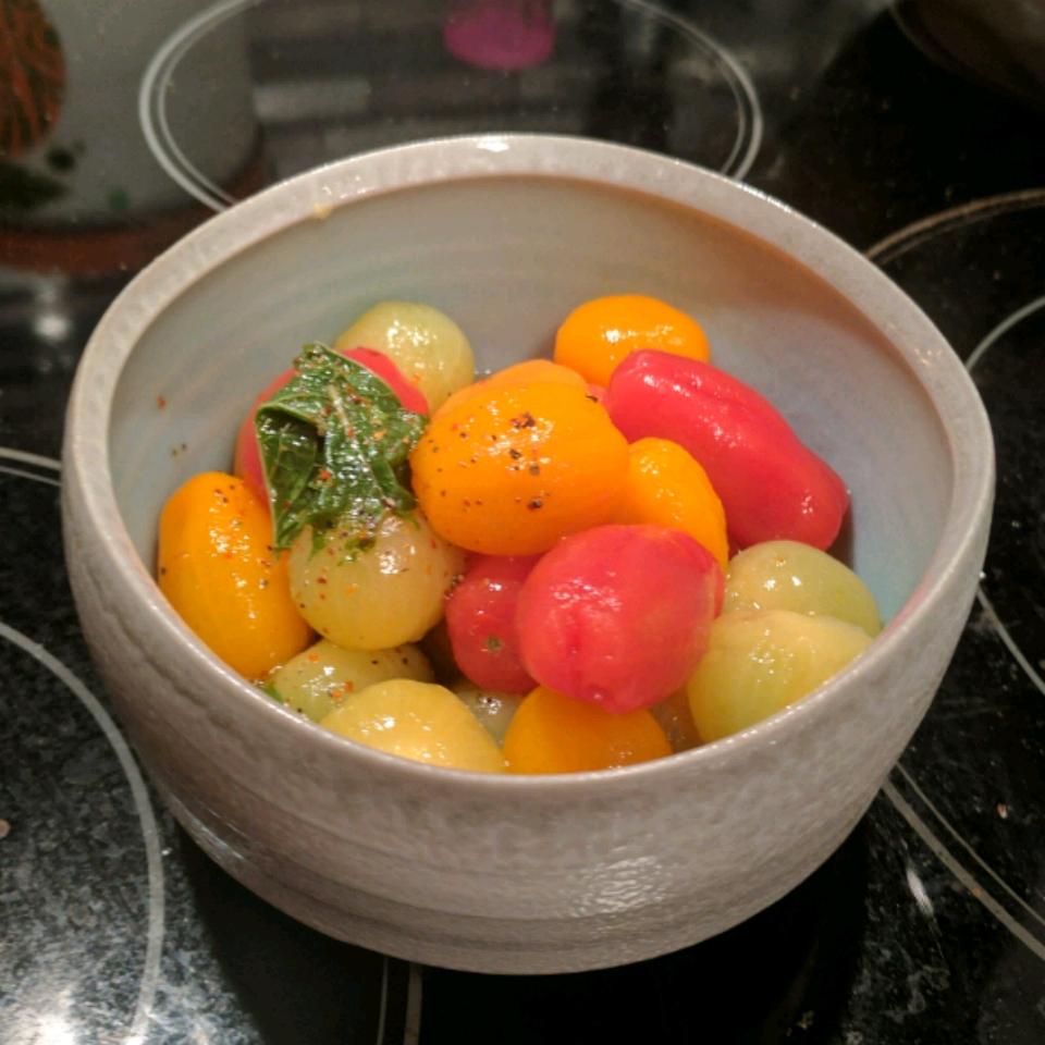 Naked Cherry Tomato Salad ek_sunnydayz
