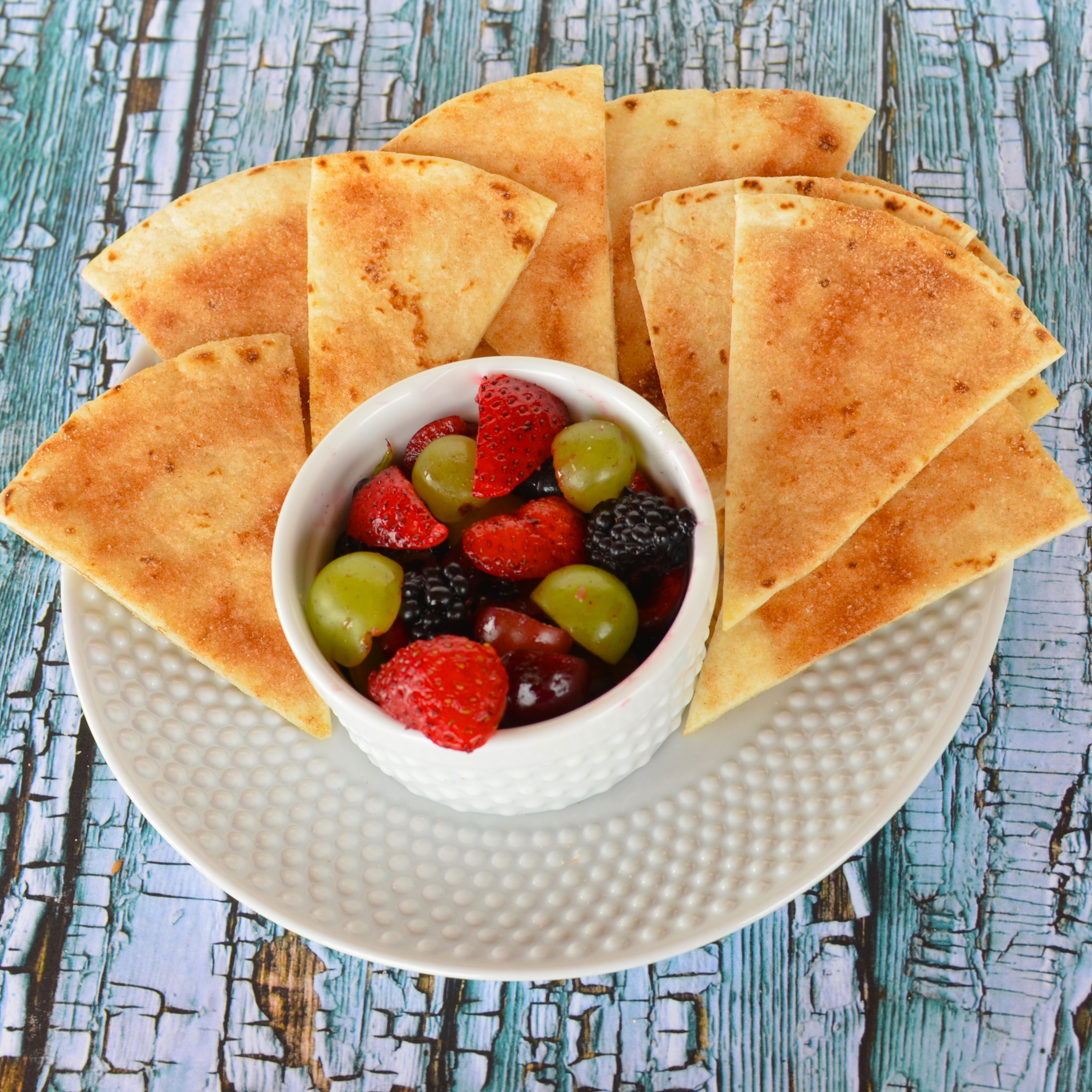 Annie's Fruit Salsa and Cinnamon Chips Lela