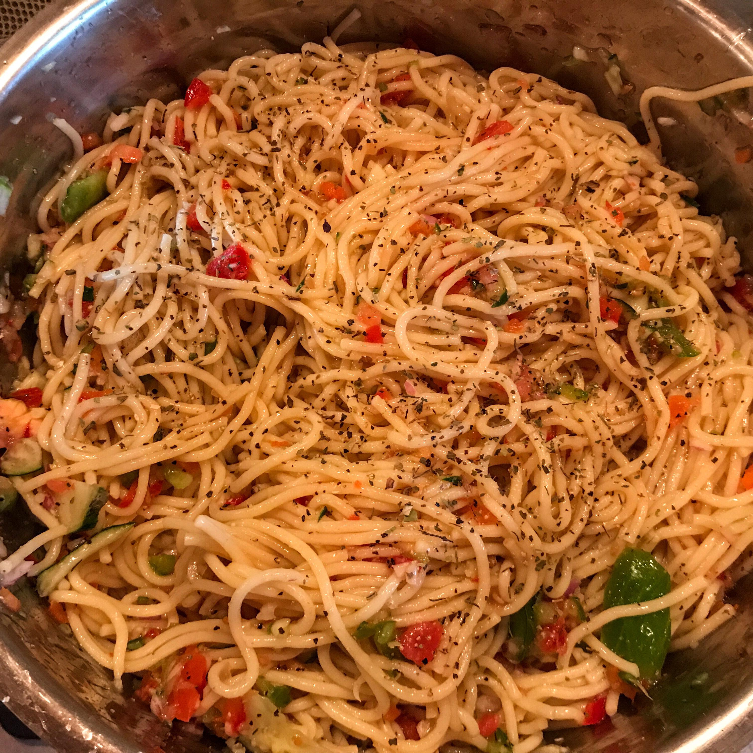 Light Spaghetti Salad lhbisbee05
