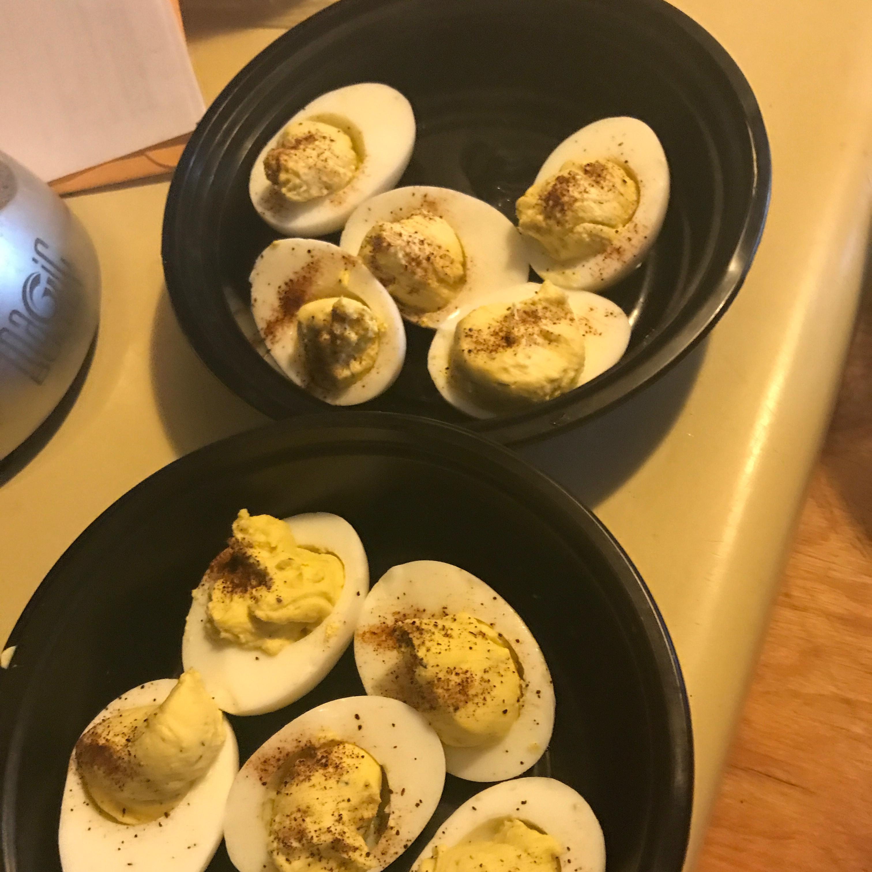 Easter Chick Deviled Eggs TawnyLee
