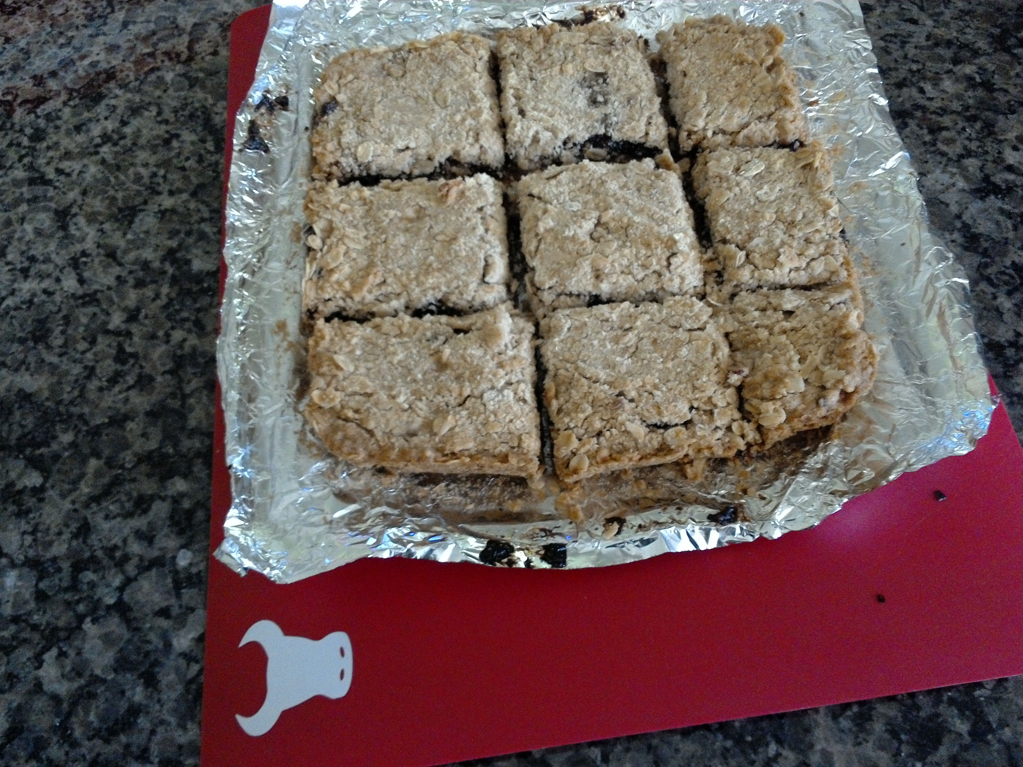 Delicious Raspberry Oatmeal Cookie Bars Tim