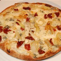 Caramelized Onion and Gorgonzola Pizza