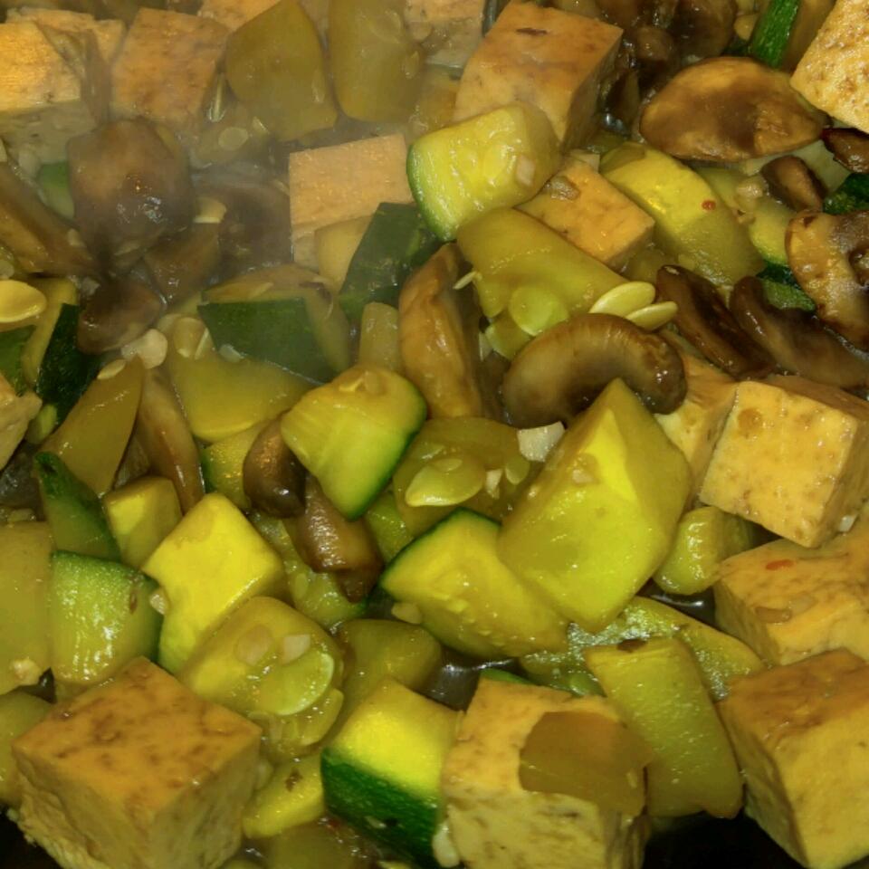 Yellow Squash and Tofu Stir Fry