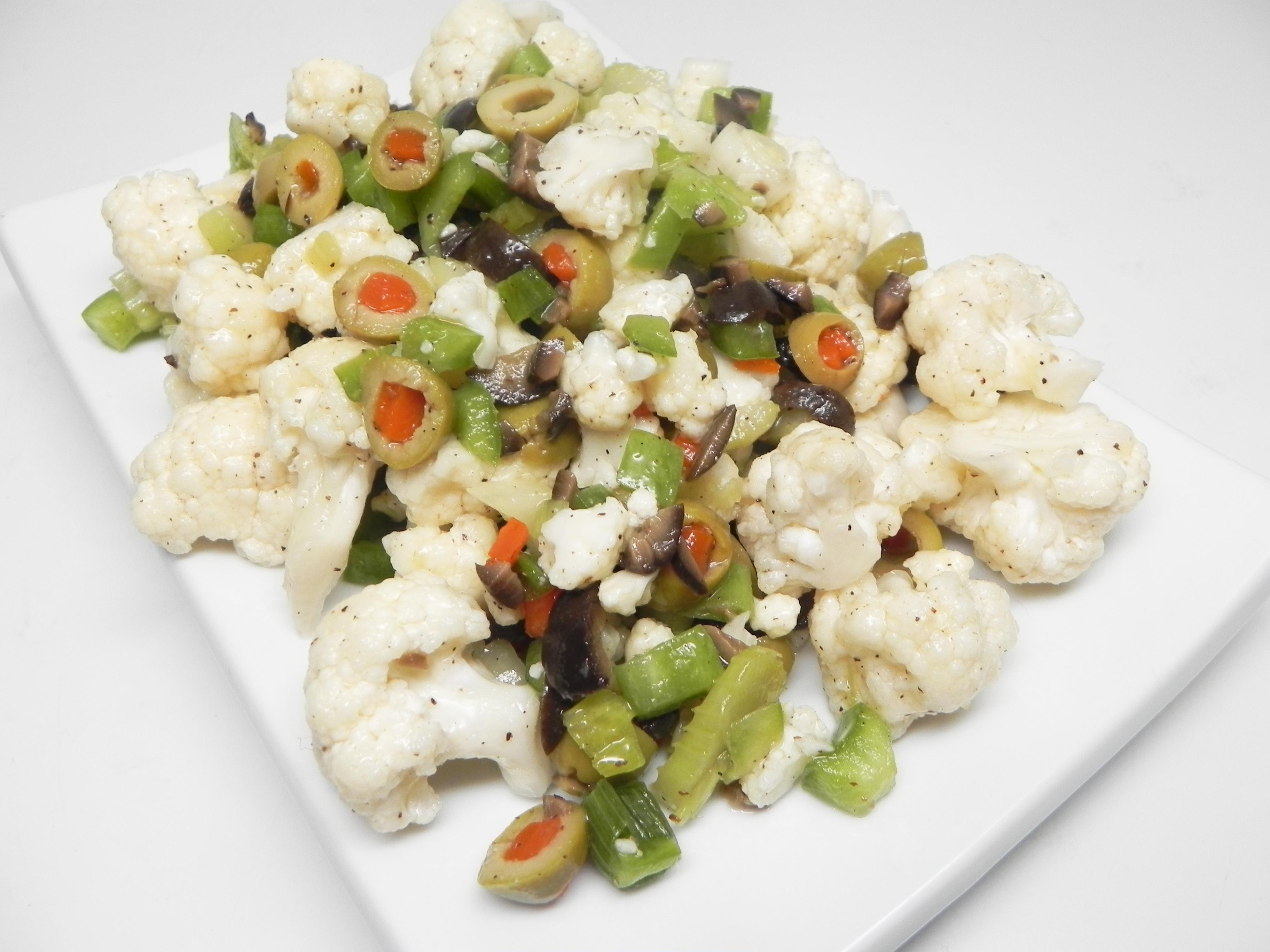 Muffuletta-Inspired Cauliflower Salad