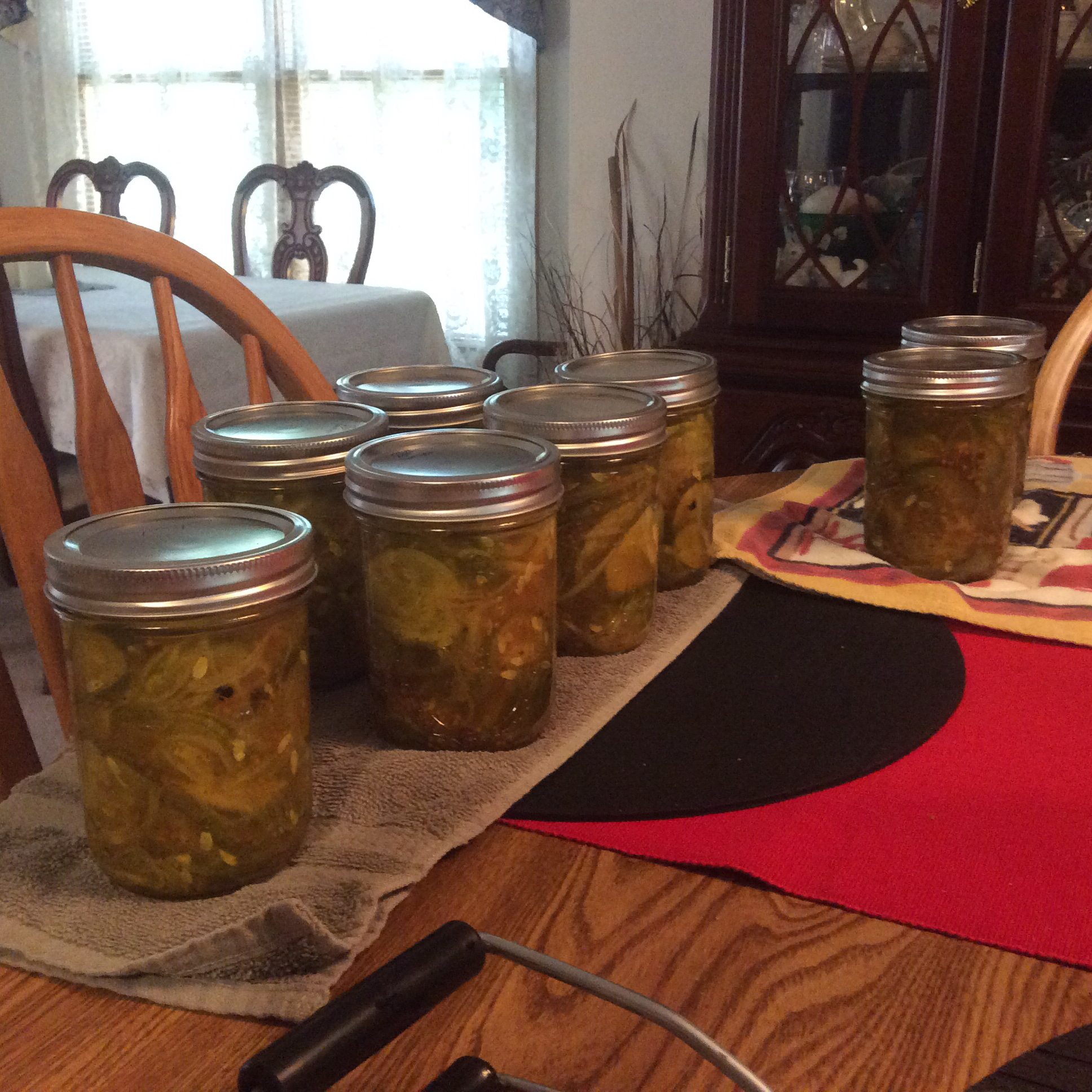 Classic Crisp Bread and Butter Pickles LGS1