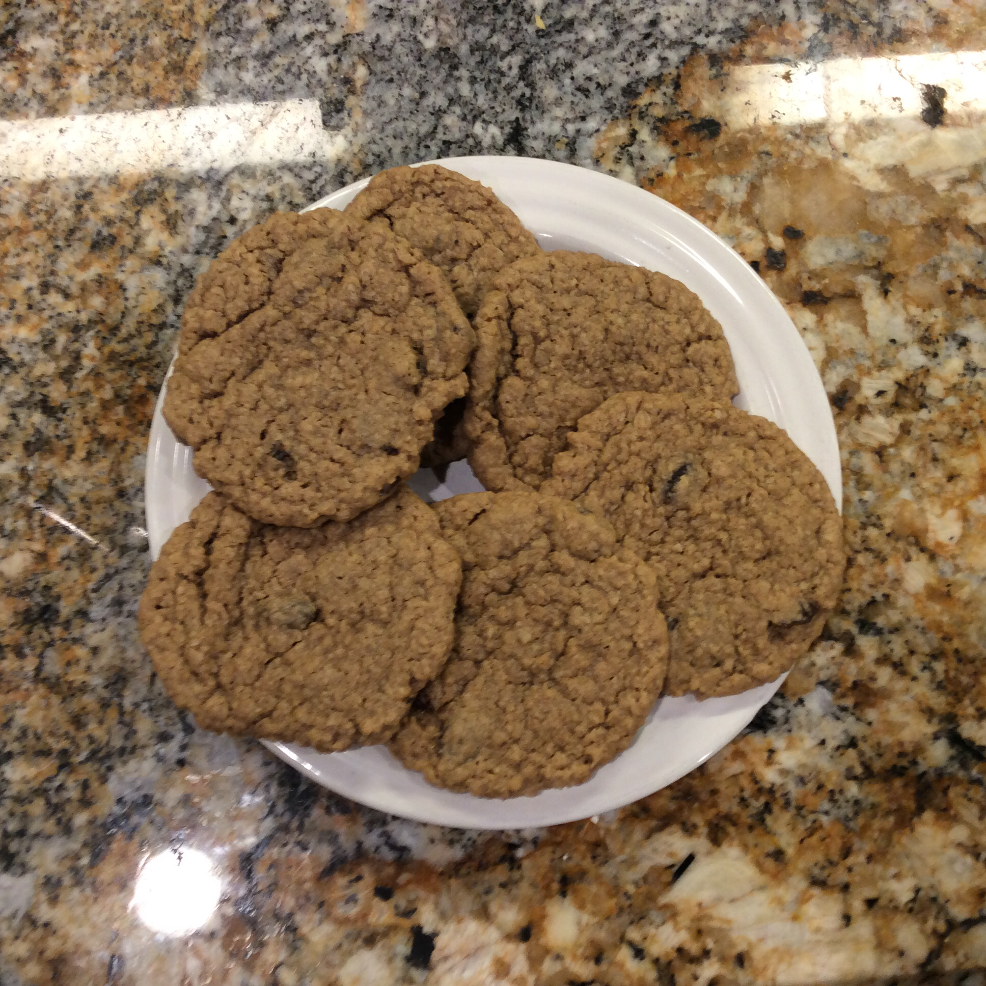 Beth's Spicy Oatmeal Raisin Cookies
