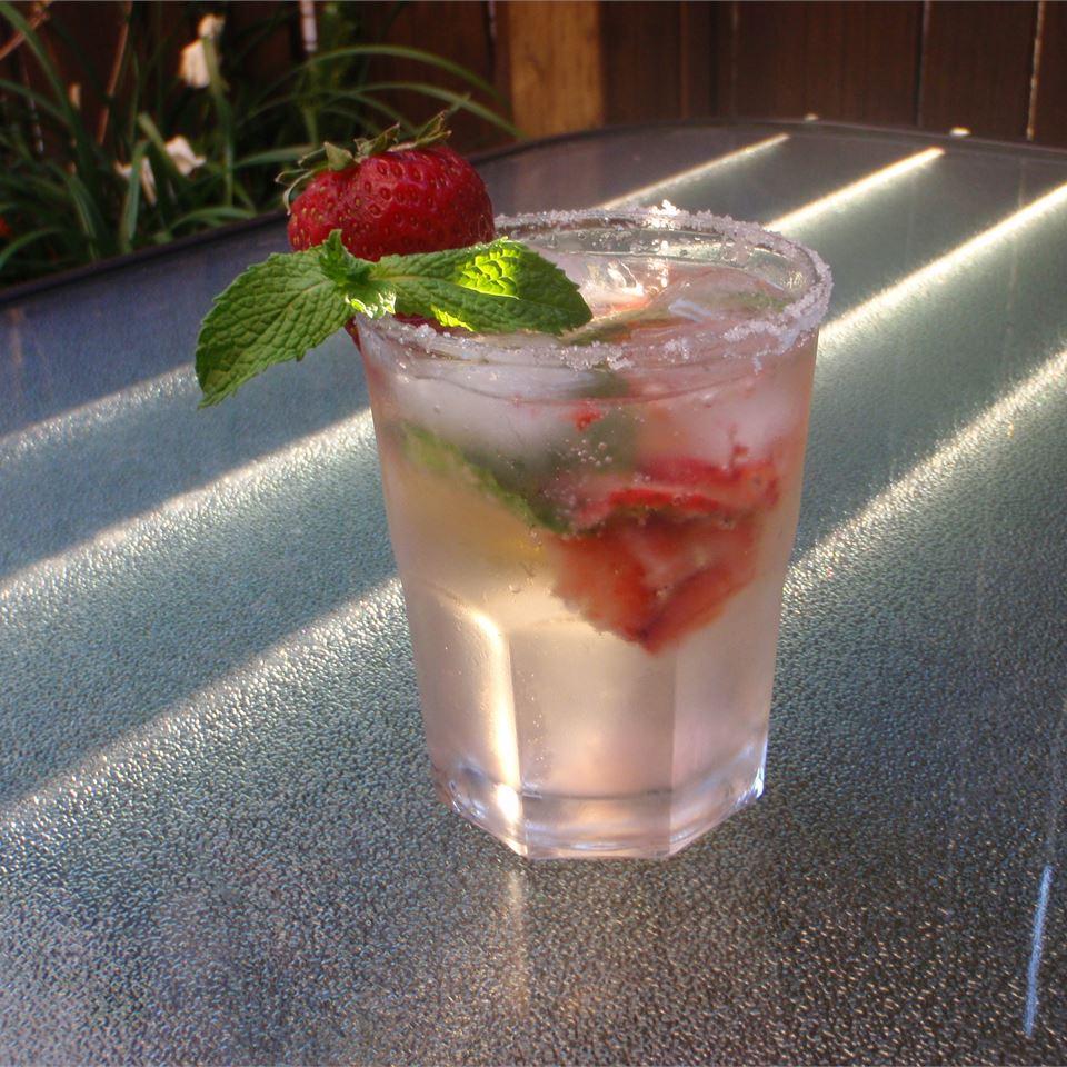 Strawberry Mojito Jolene