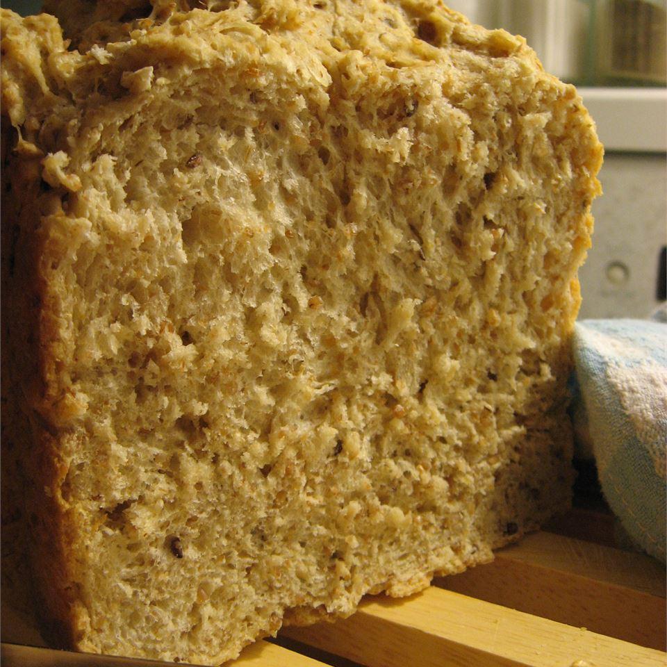Cracked Wheat Bread I RueBarbe