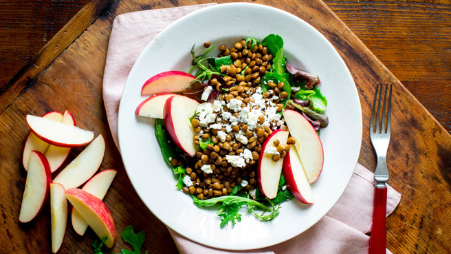 Mixed Greens with Lentils & Sliced Apple Trusted Brands