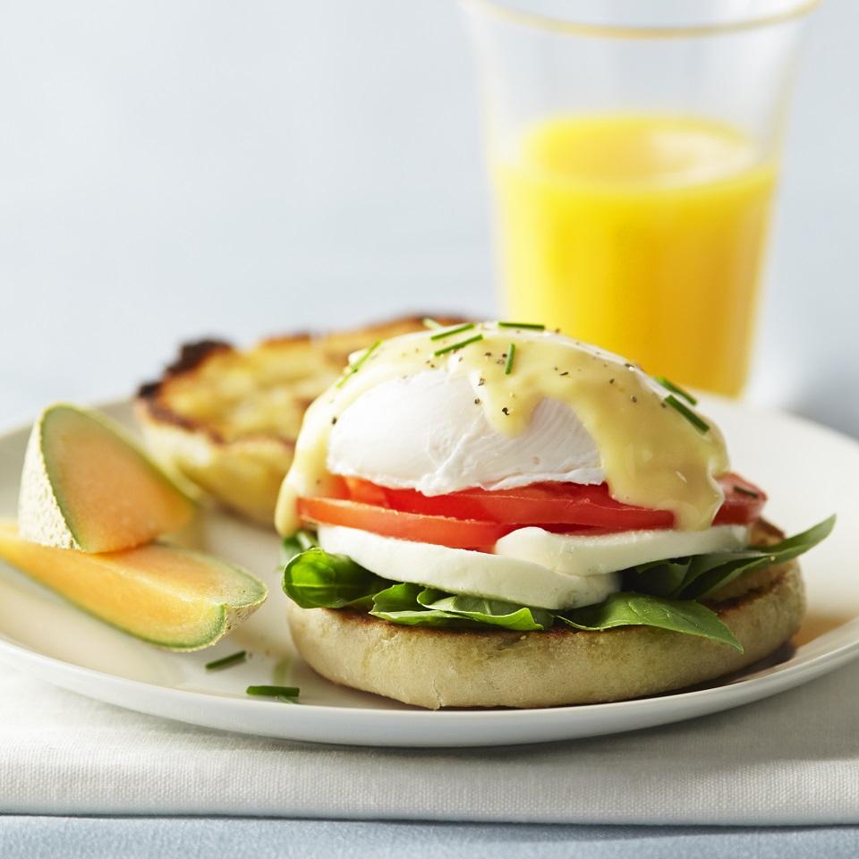 Eggs Benedict from Galbani®