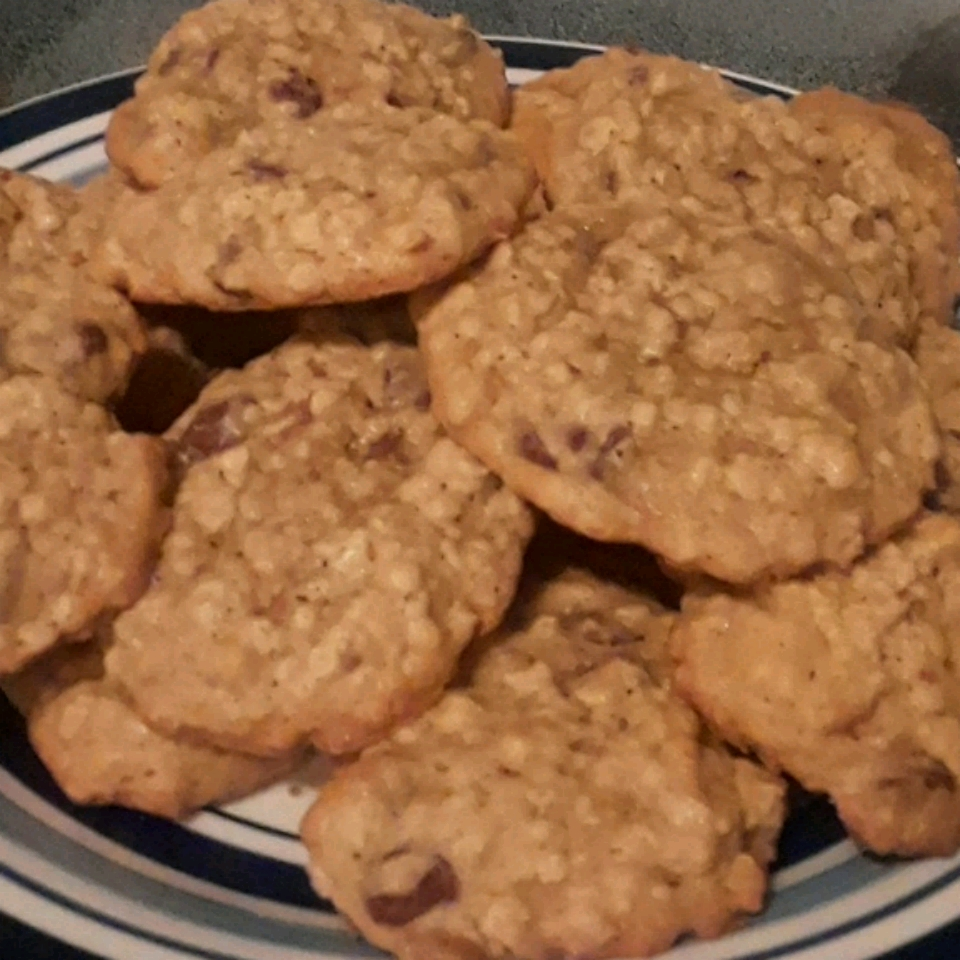 Oatmeal Peanut Butter and Chocolate Chip Cookies