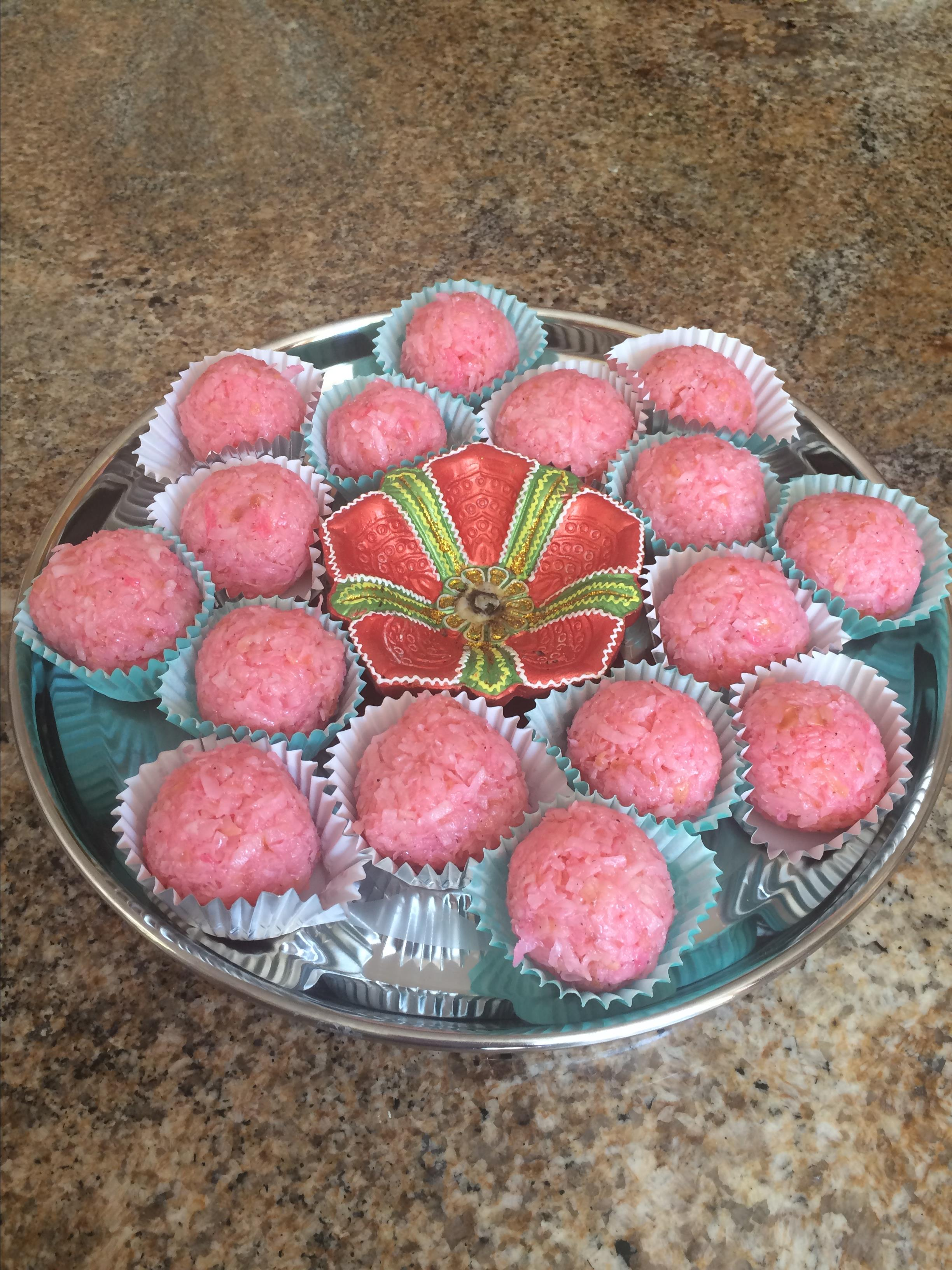 Super-Easy Indian Coconut Ladoo