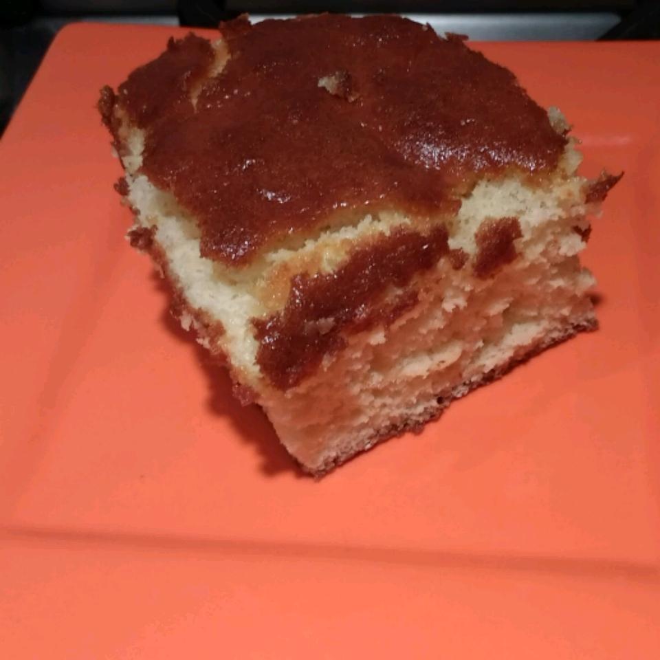 Kasutera (Castella), the Japanese Traditional Honey Cake Sarah