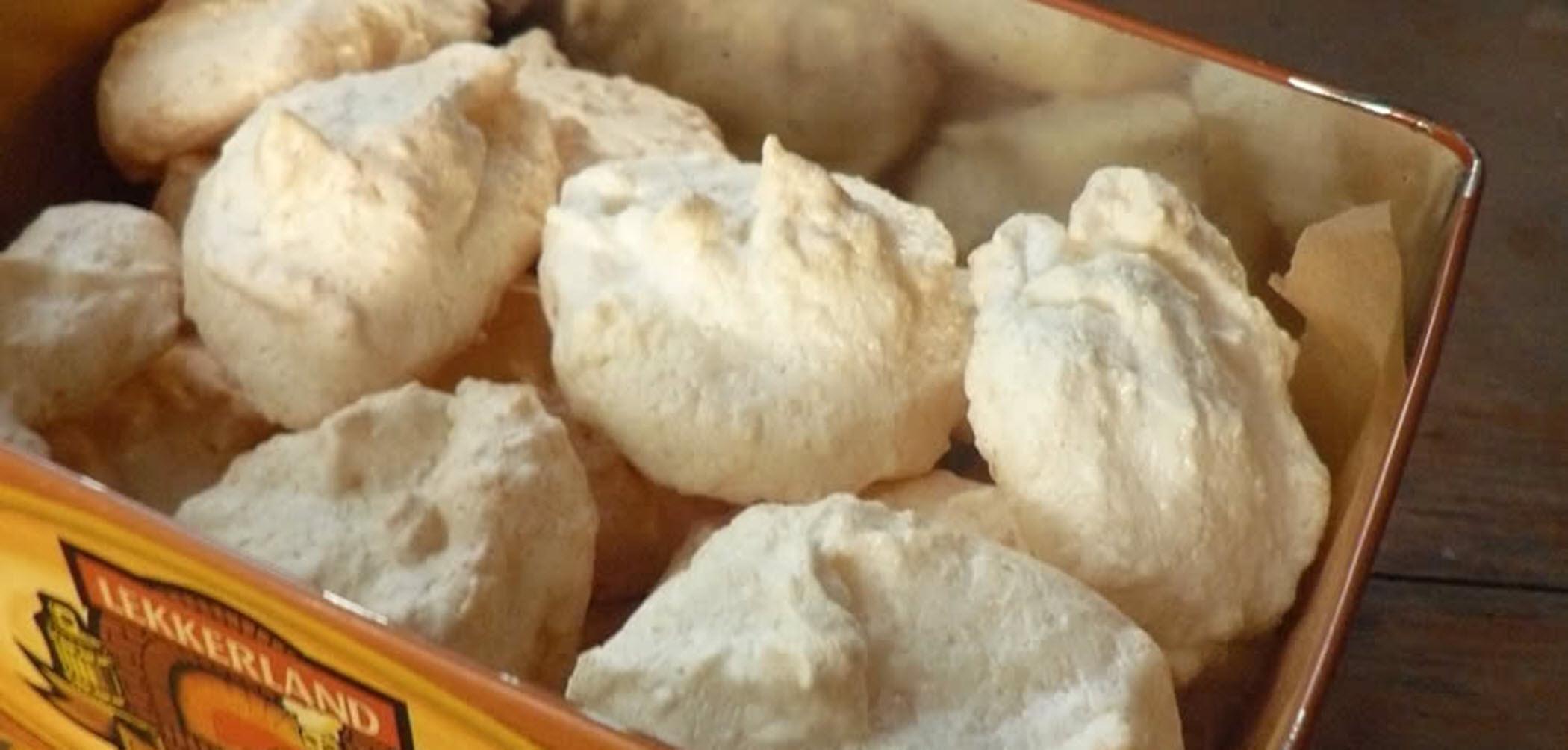 Easy Three-Ingredient Gluten-Free German Christmas Coconut Cookies barbara