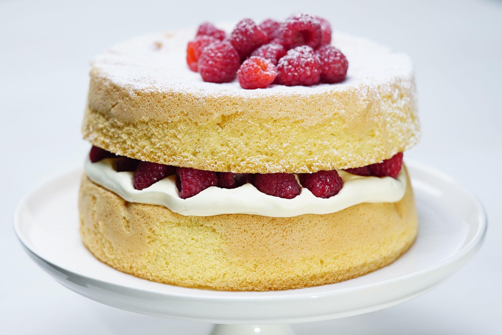 Golden Sponge Cake Lai Duy Binh