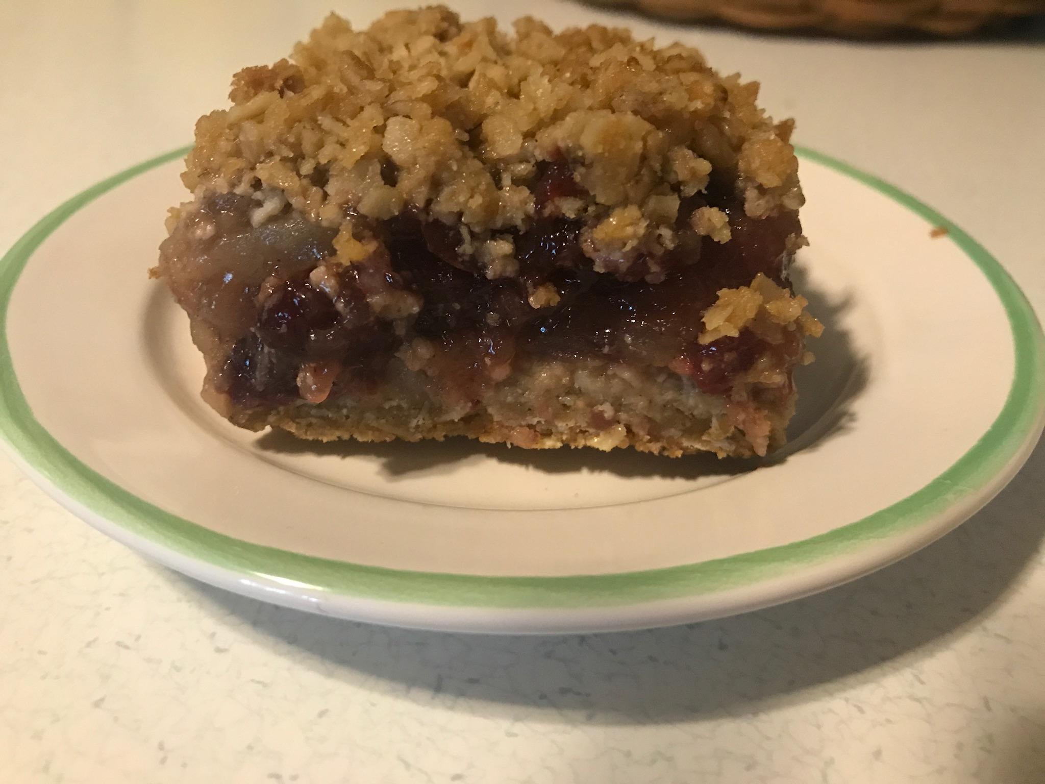 Easy Apple Berry Crumble Pie