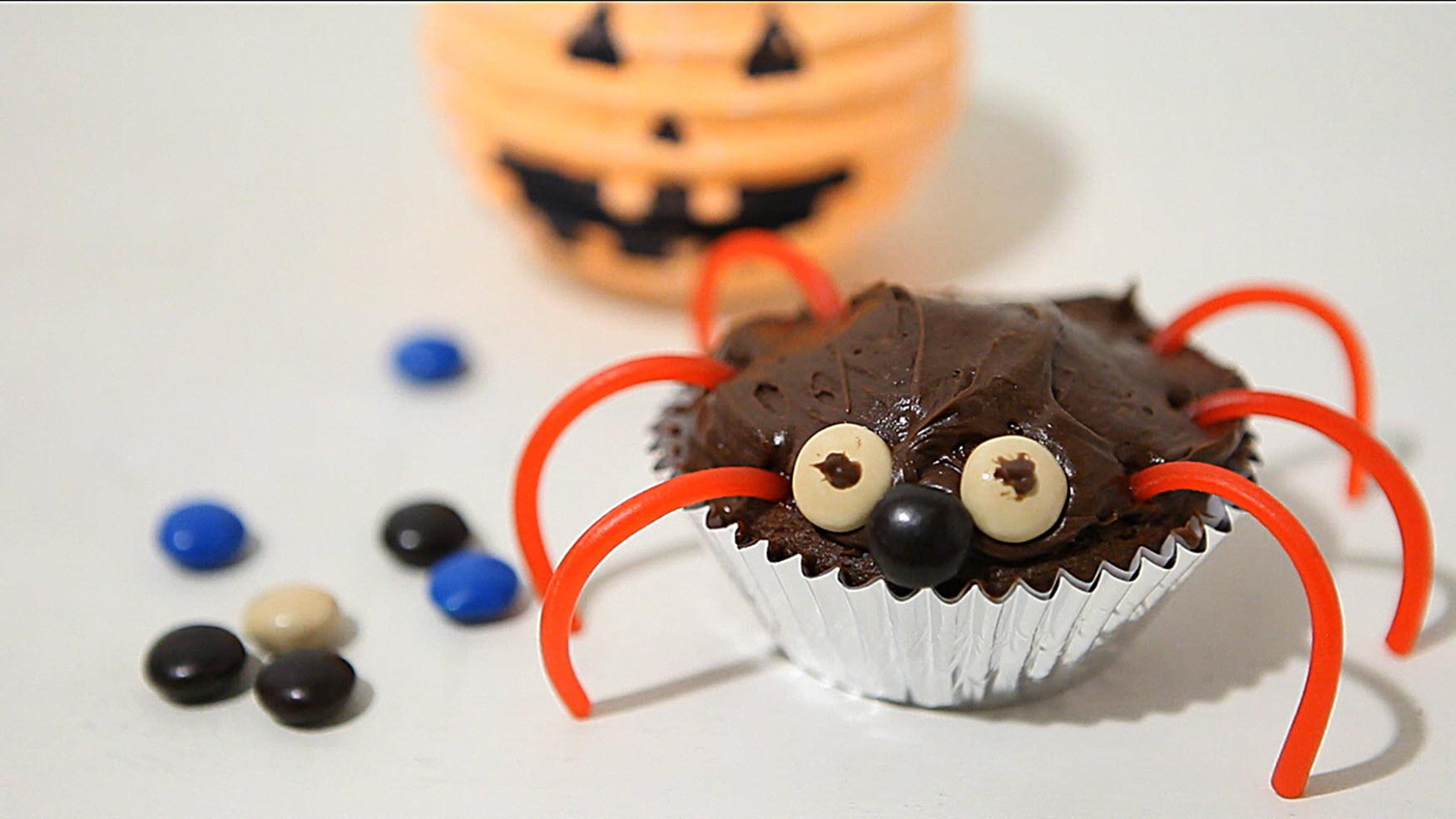 Halloween-Inspired Cupcakes