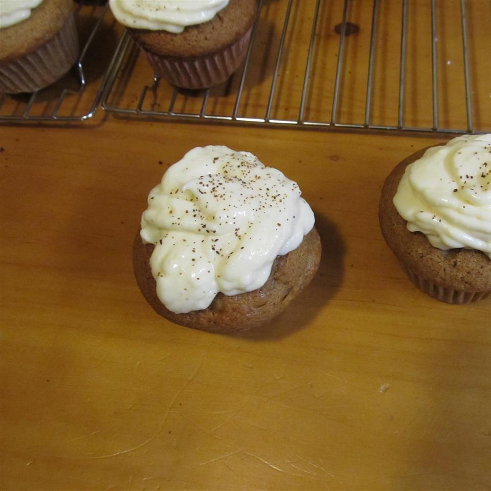 Eggnog-Chai Cupcakes