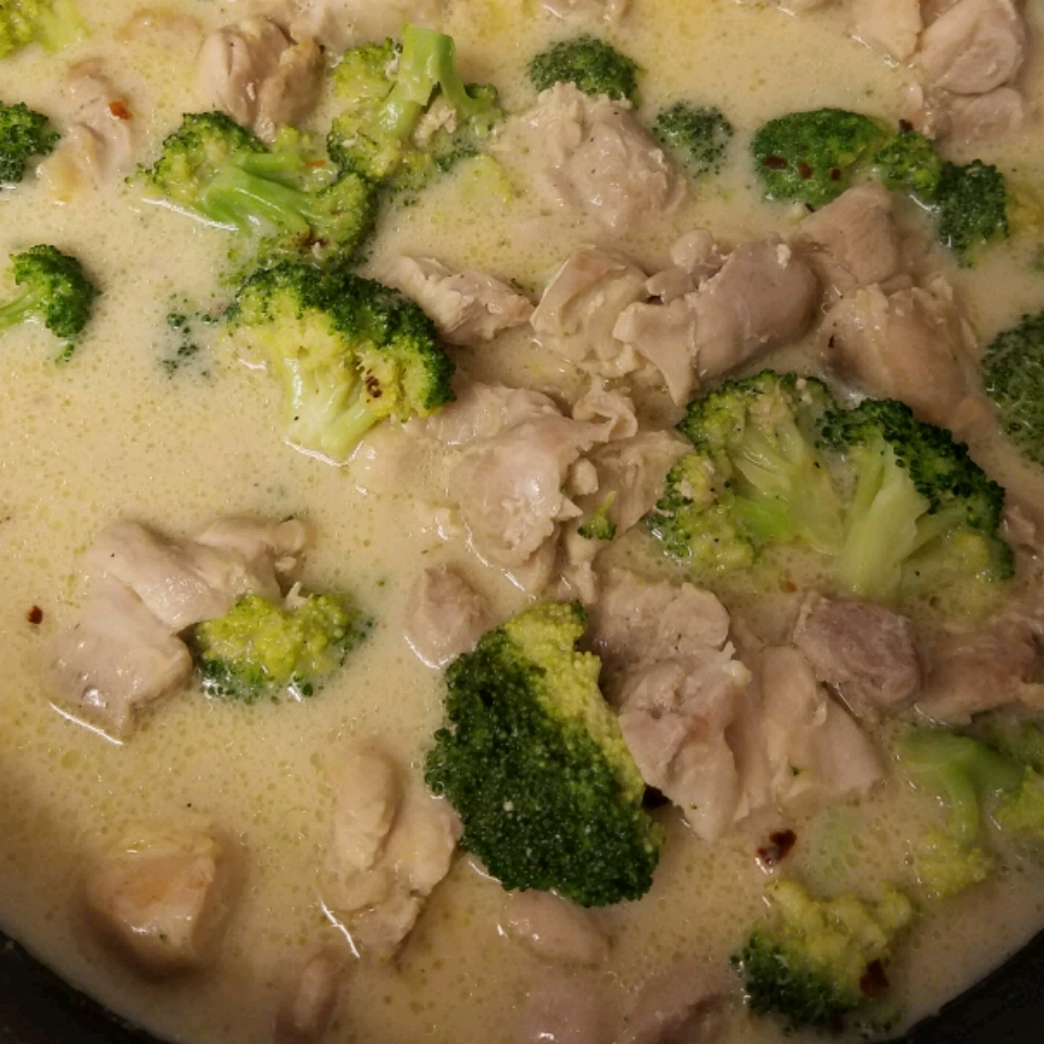 Chicken and Broccoli Alfredo Orzo Glenda Lemus