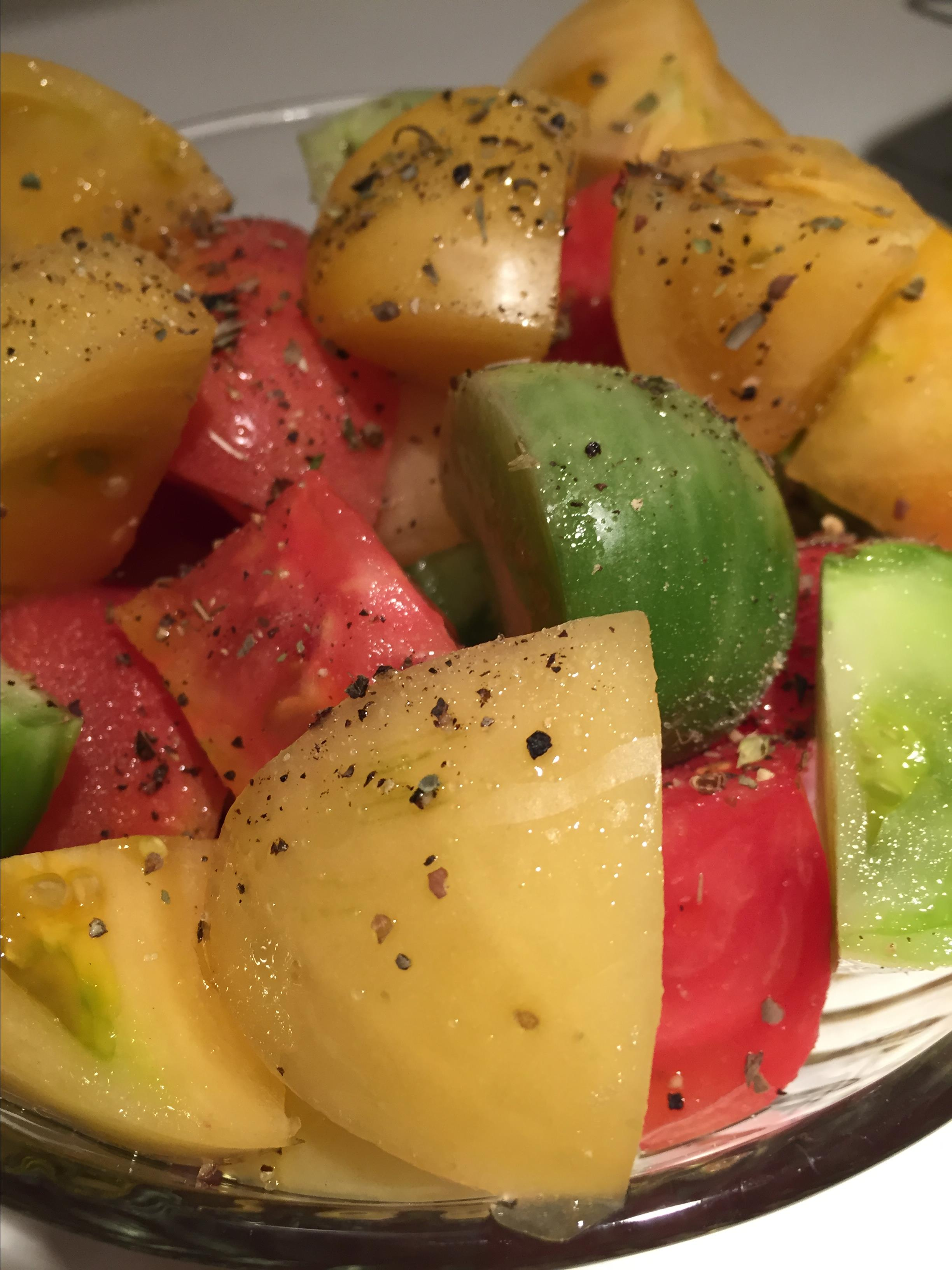 Heirloom Tomato Salad with Rosemary ambedore81