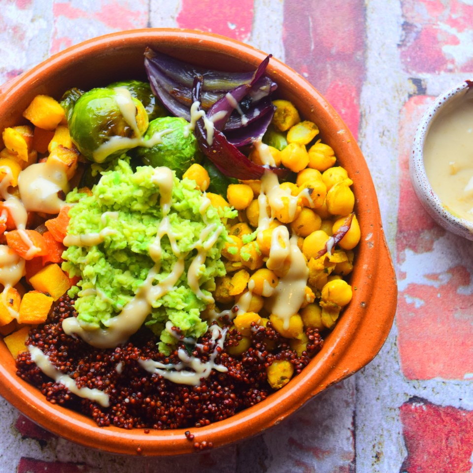 """Ready in 40 mins                            Perfect for when you don't have much time. This vegan dinner features carrots, onions, parsnips and Brussels sprouts with chickpeas and quinoa, but other veggies you could try are: cauliflower, olives, tomatoes, sweet potato, spinach, or kale."""""""