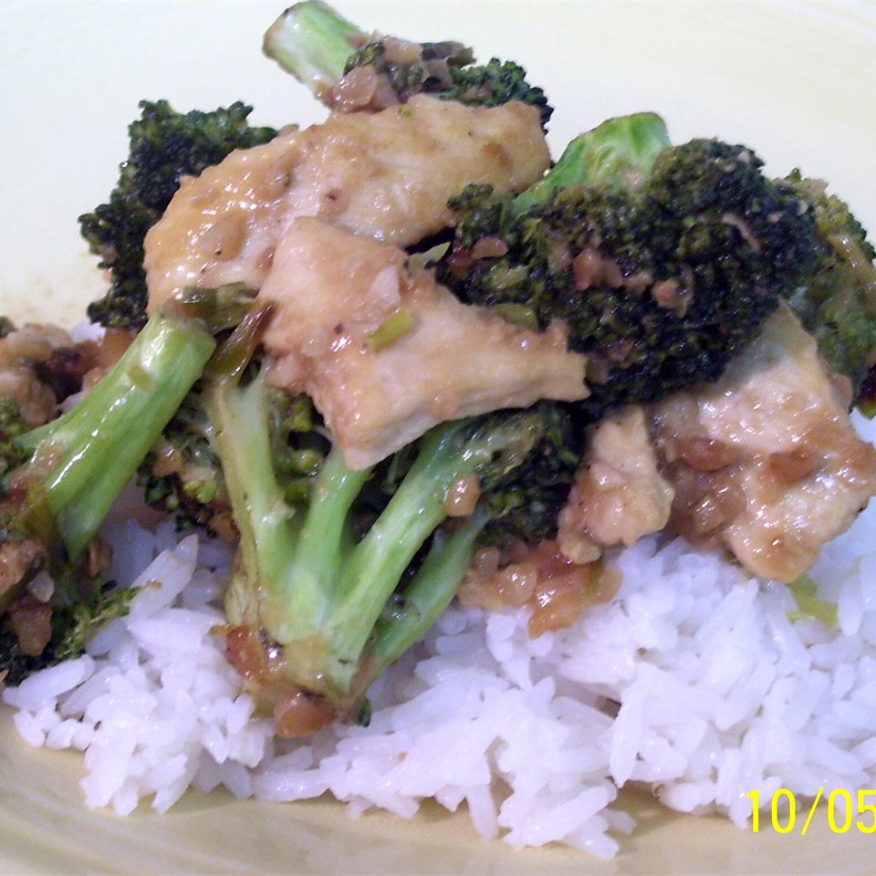 Thai Peanut Chicken mommymeggy