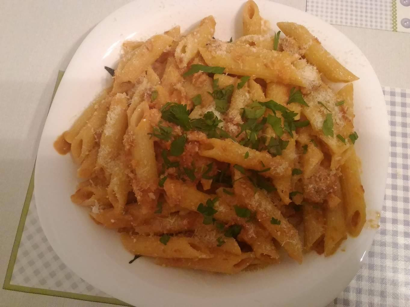 Penne and Vodka Sauce