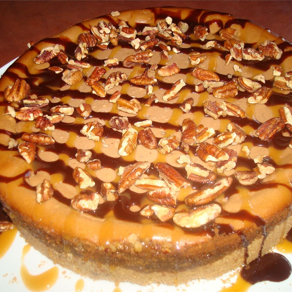 Chocolate Turtles® Cheesecake I R.J.