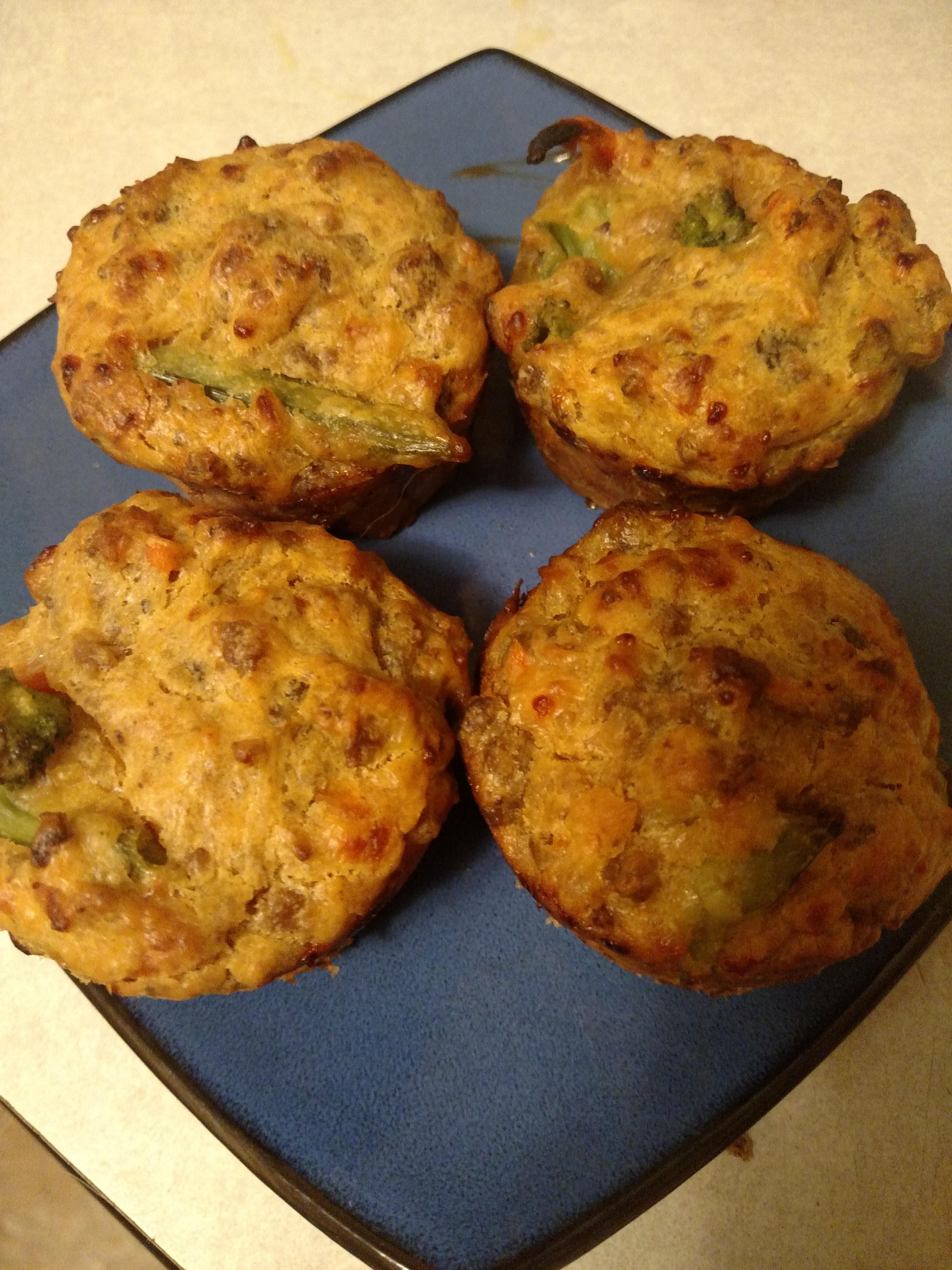 Easy Cheeseburger Mini Muffins Kelli