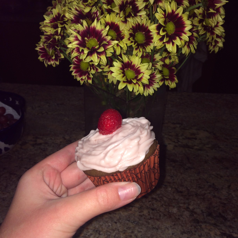 Chocolate Raspberry Cupcakes iza. gaworski