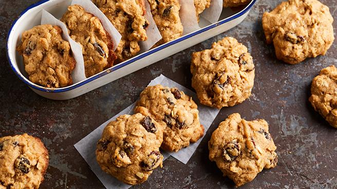 Cinnamon-Raisin Oatmeal Cookies Trusted Brands