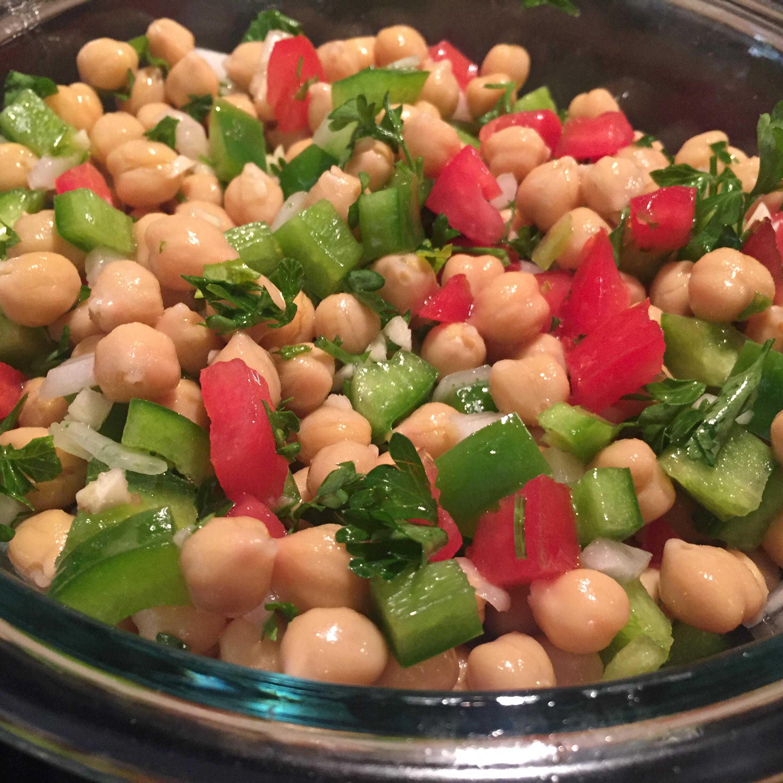 Mediterranean Chickpea Salad II tiger77