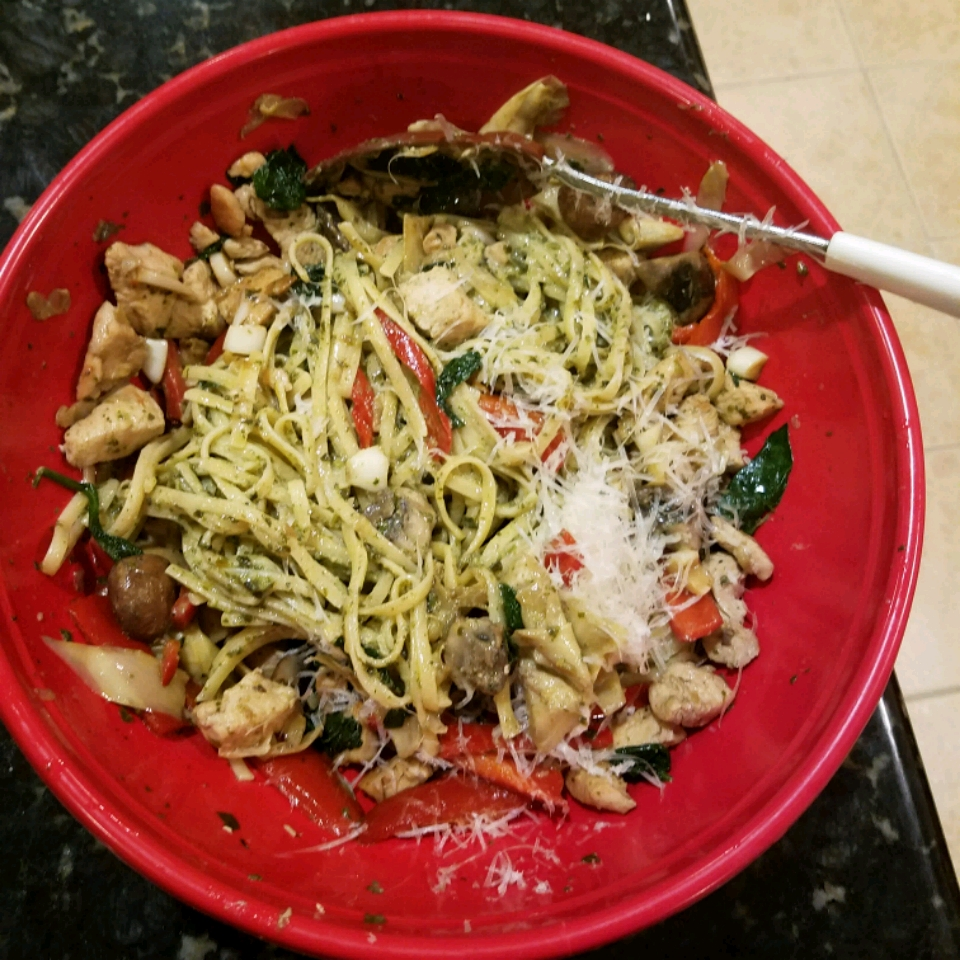 Spence's Pesto Chicken Pasta