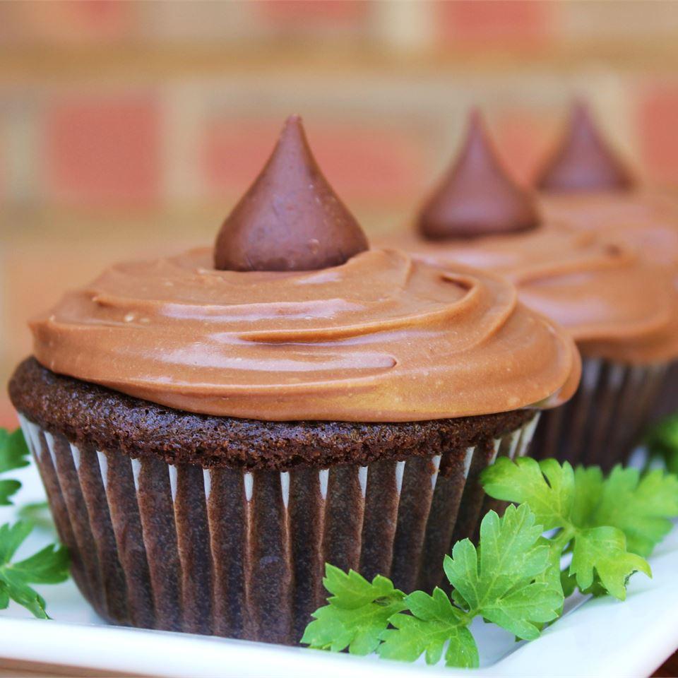 Milky Way® Cupcake Icing Melissa Goff