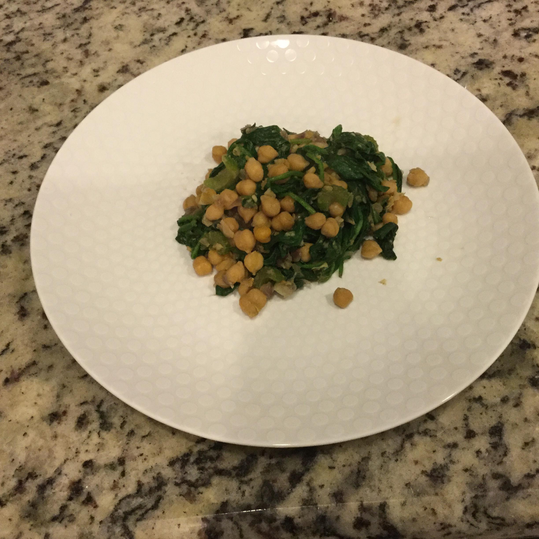 Espinacas con Garbanzos (Spinach with Garbanzo Beans)