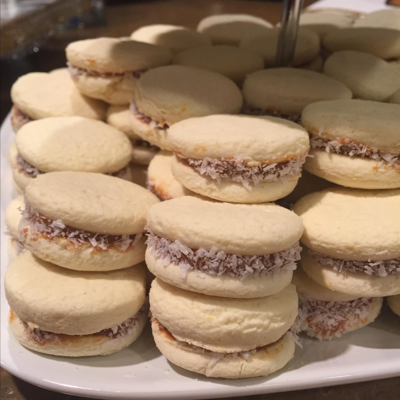 Gluten-Free Sandwich Cookies with Dulce de Leche (Alfajores)