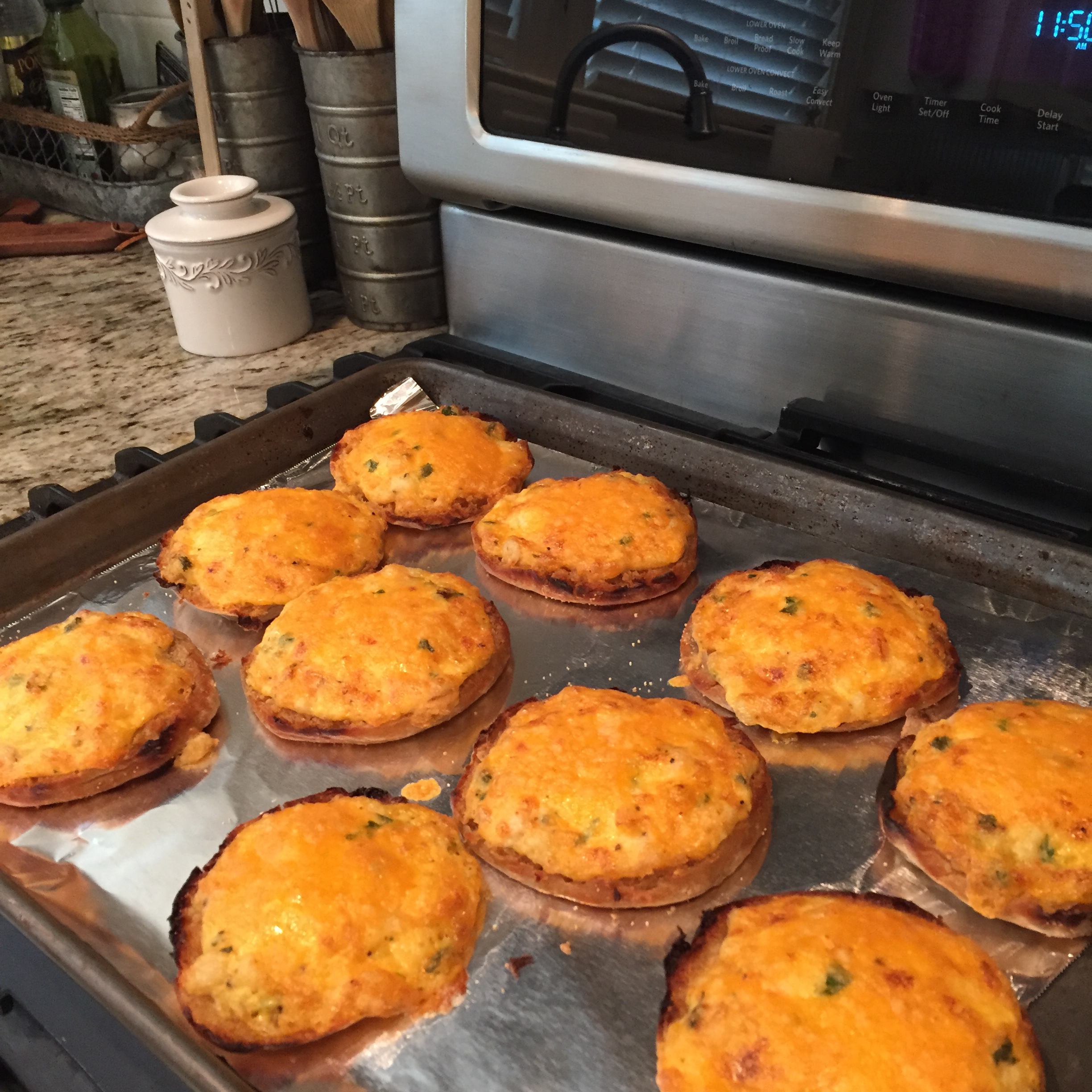English Muffin Hors d'Oeuvres Toni L