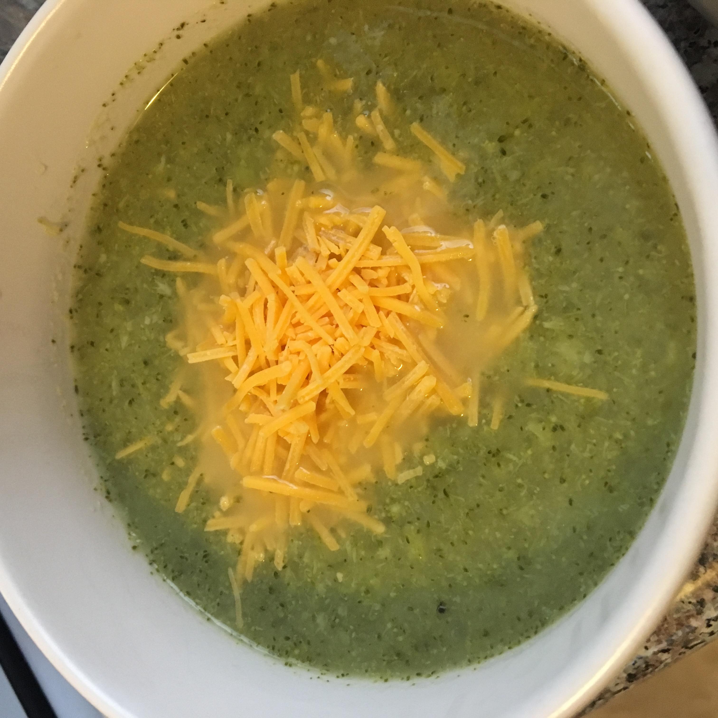 Low Carb Broccoli Soup M. Cricket