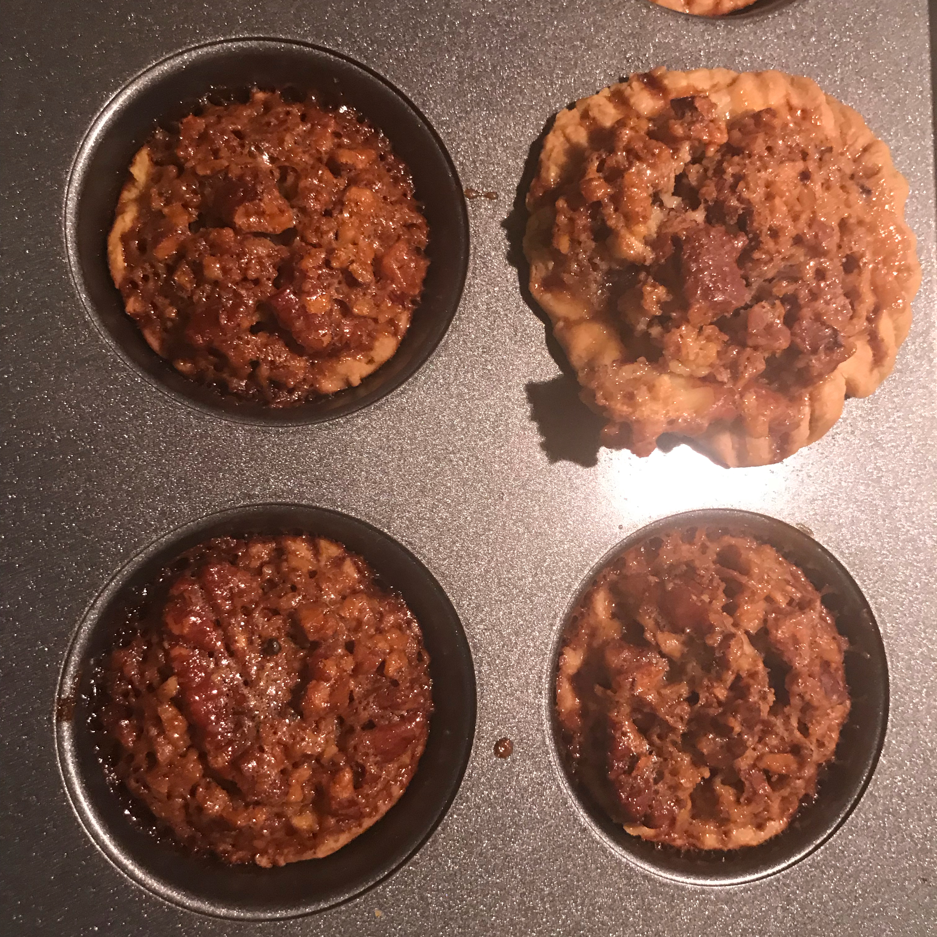 Mini Southern Pecan Pies Annisa