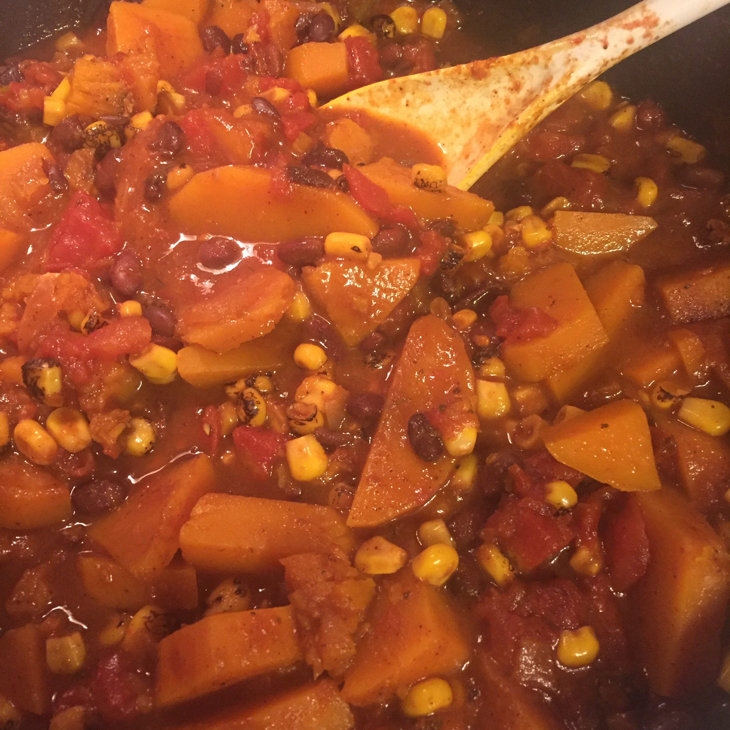 Tex-Mex Turkey Chili with Black Beans, Corn and Butternut Squash Mrva Rbinson