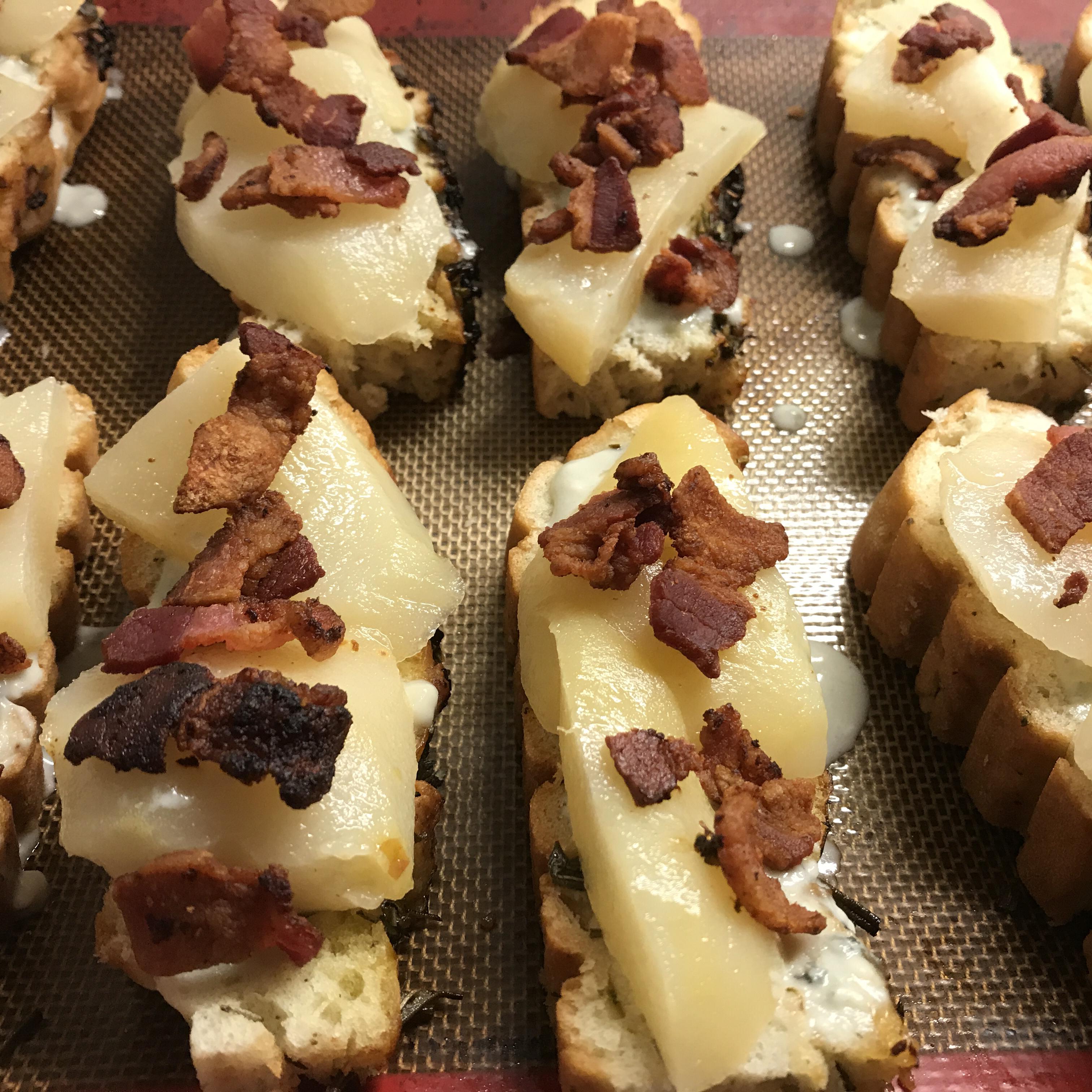 Blue Cheese, Bacon and Pear Brunch Sandwiches shaila