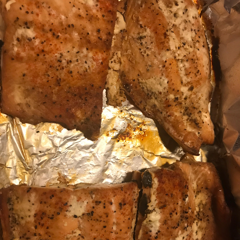 Salmon Tango mmodupe